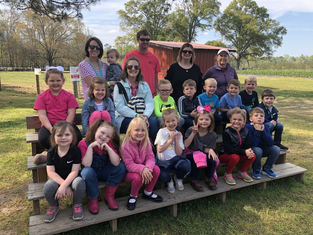 Kindergarten Classes Visit Calhoun Produce