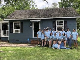 FFA Paints House